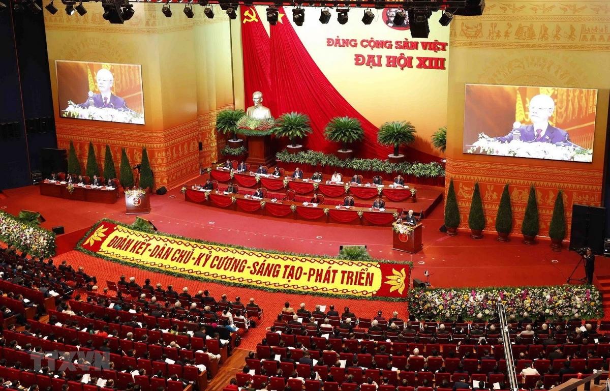 Toàn cảnh phiên khai mạc Đại hội đại biểu toàn quốc lần thứ XIII của Đảng. (Ảnh: TTXVN)