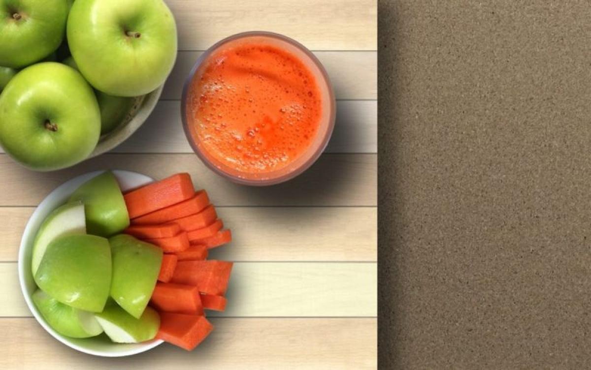 Chọn các món ăn vặt lành mạnh: Những món ăn vặt như bánh kẹo hay khoai tây chiên chính là nguyên nhân chính khiến trẻ thừa cân, béo phì. Bạn nên hạn chế lượng các món ăn vặt không lành mạnh trong nhà, thay vào đó là những món ăn vặt lành mạnh như các loại quả hạch hay nước ép trái cây.