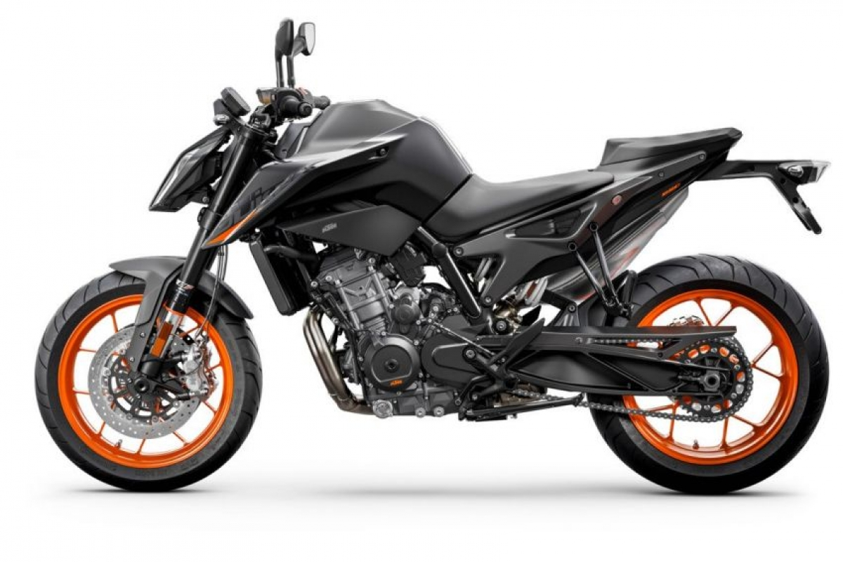 ktm-890-duke-studio-black-lef.jpg