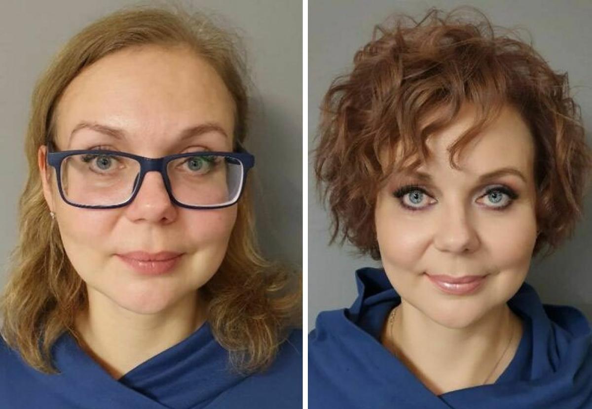 Mái tóc nâu xoăn ngắn với những lọn trẻ trung khiến người phụ nữ này trẻ hơn khoảng 5 tuổi.
