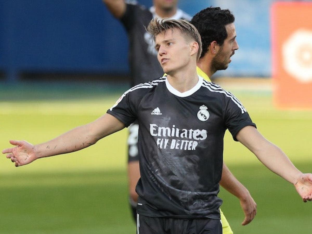 Martin Odegaard không hạnh phúc ở Real Madrid (Ảnh: Reuters).