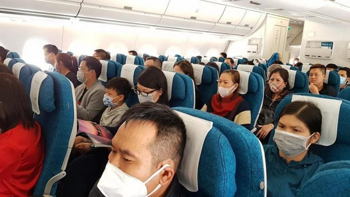 Trước tình hình dịch COVID-19 diễn biến phức tạp, Vietnam Airlines siết chặt các biện pháp phòng chống dịch.