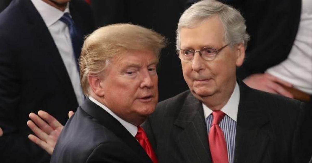 Tổng thống Trump và Lãnh đạo đa số tại Thượng viện Mitch McConnell. Ảnh: Kentucky