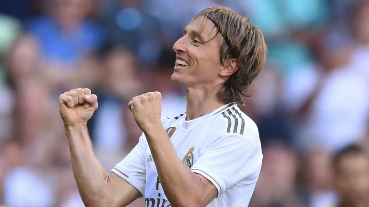 Luka Modric chuẩn bị gia hạn hợp đồng với Real Madrid (Ảnh: Getty).