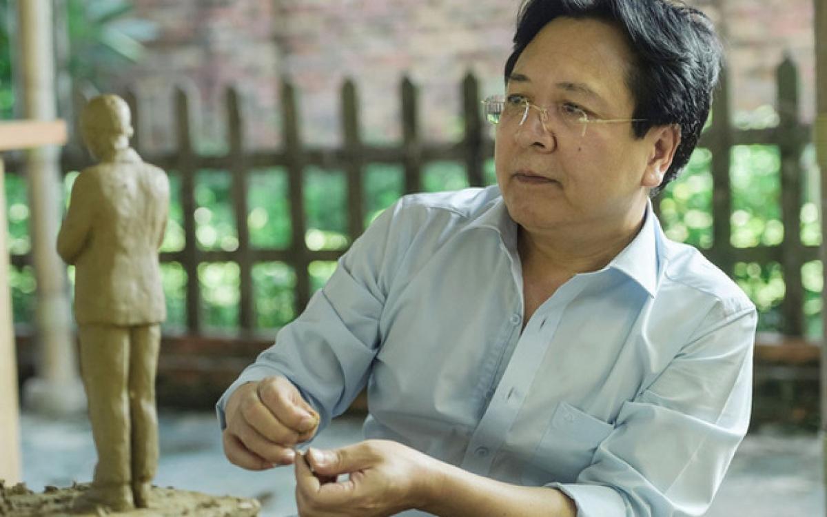 NSNDVương Duy Biên,Phó Chủ tịch Liên hiệp các Hội Văn học nghệ thuật Việt Nam.