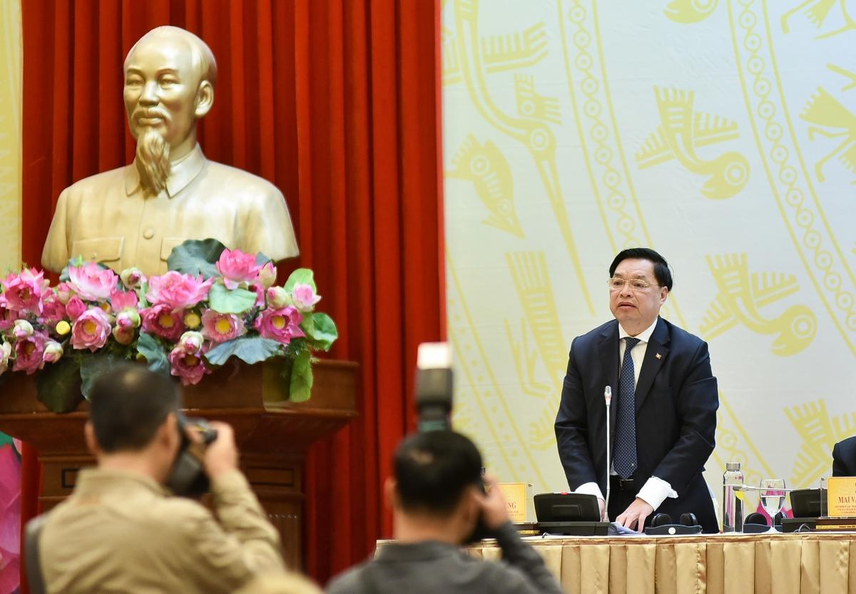 Phó Trưởng Ban Tuyên giáo Trung ương Lê Mạnh Hùng - Giám đốc Trung tâm Báo chí Đại hội Đảng XIII.