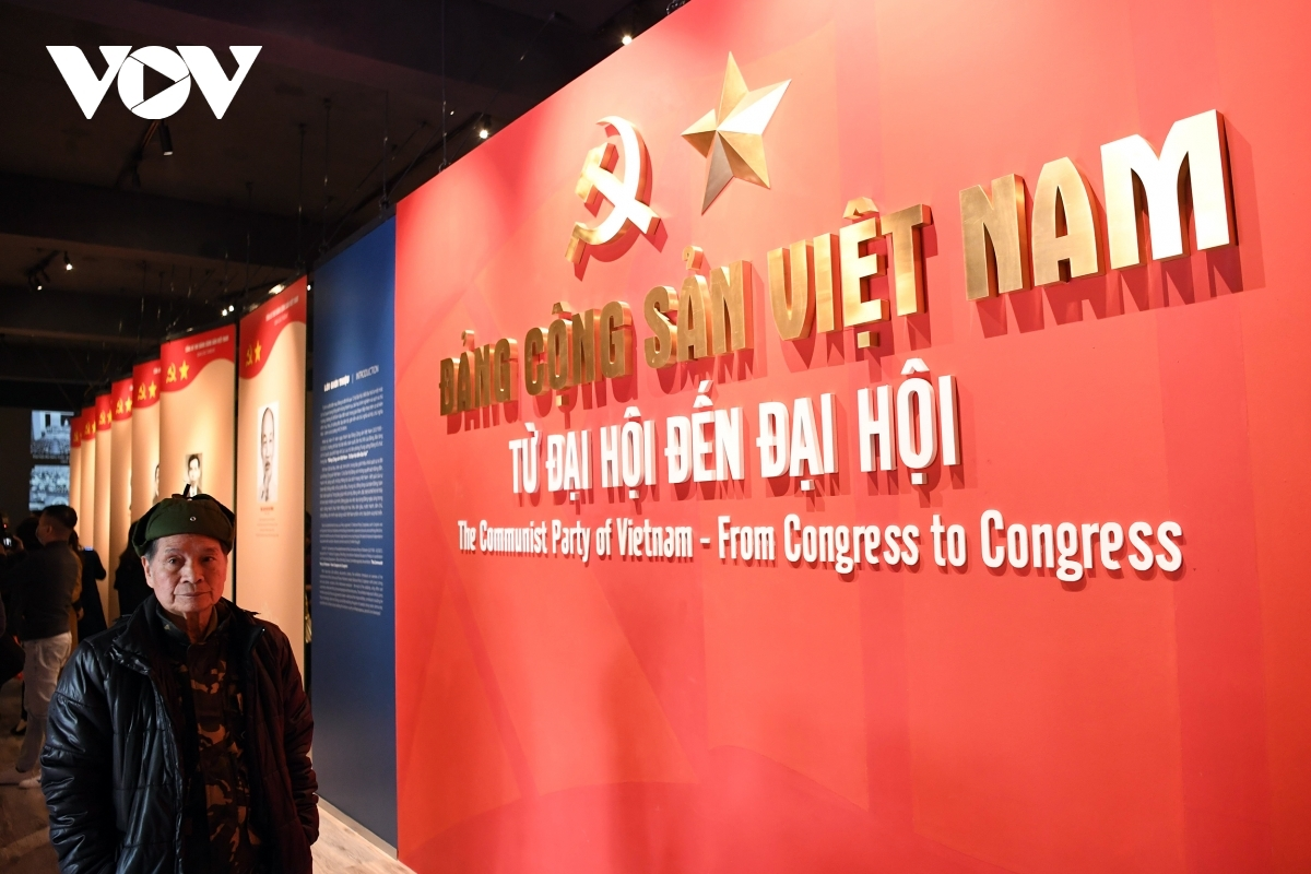 """The event running with the theme of """"The Communist Party of Vietnam-From Congress to Congress"""" aims to commemorate the 91st founding anniversary of the Communist Party of Vietnam, an event which occurred on February 3, 1930, in addition to welcoming the upcoming 13th National Party Congress."""