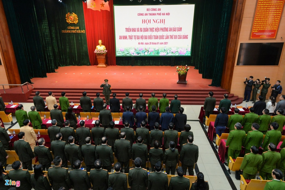 The Hanoi Police Departmentlaunches the operation on January 20 in an effort to protect the 13th National Party Congress due to take place from January 25 to February 2. (Photo: Viet Hung/ Zingnews.vn)