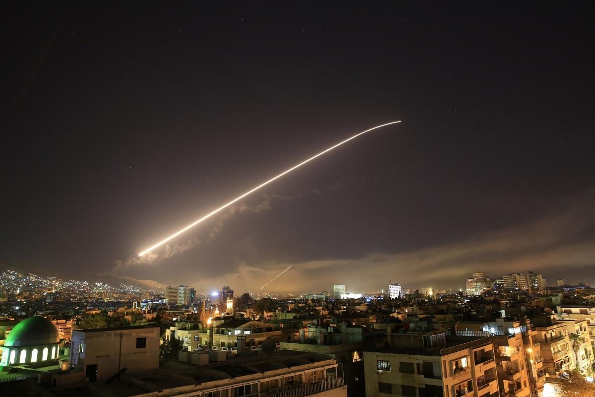 Phòng không Syria khai hỏa. Ảnh minh họa: AP.
