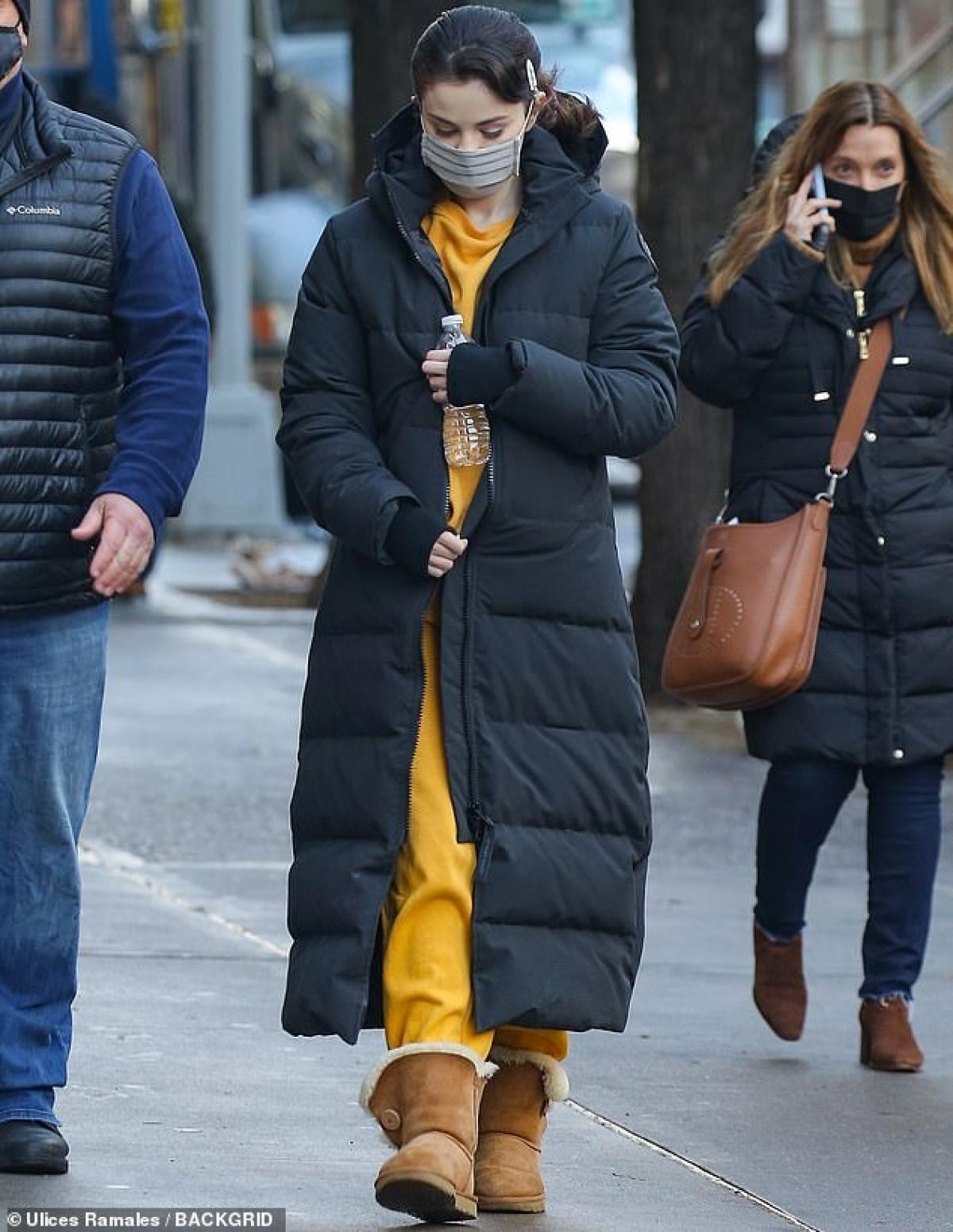 Selena Gomez giản dị ra phố ở New York ngày 20/1 vừa qua, theo giờ địa phương.