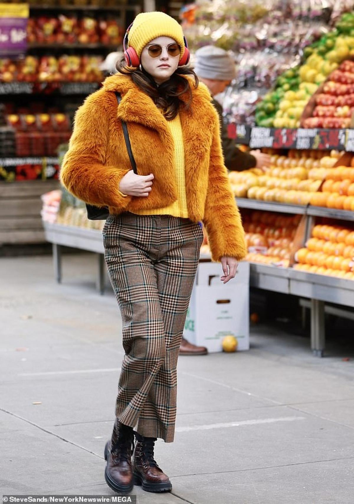 Trong phim, Selena Gomez đóng vai người lạ thứ ba cùng với Steve Martin và Martin Short./.