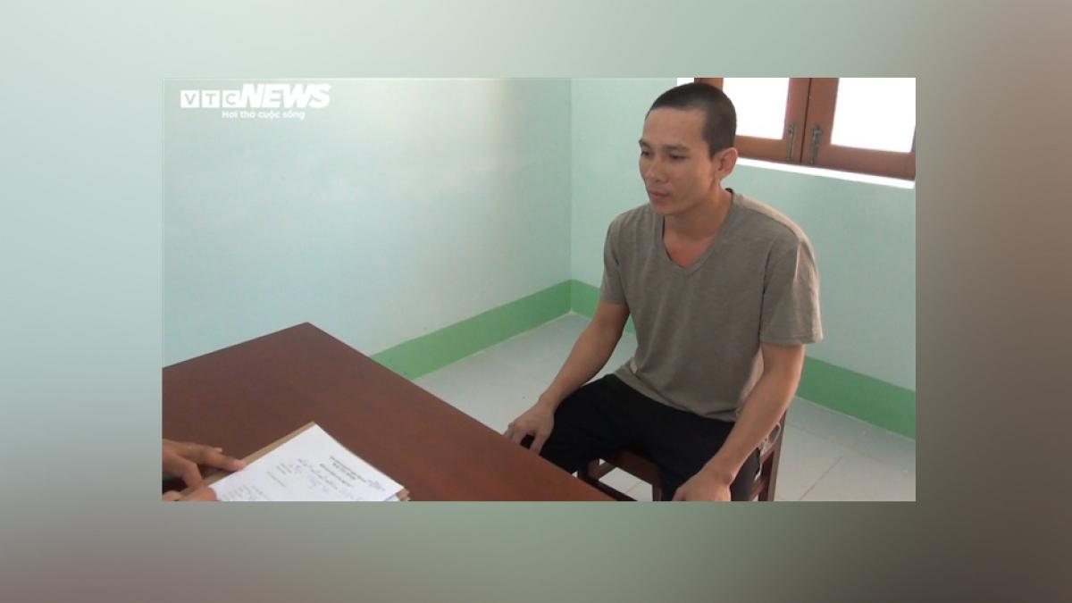 Bị can Nguyễn Cẩm Long tại cơ quan điều tra. (Ảnh: Văn Vũ)