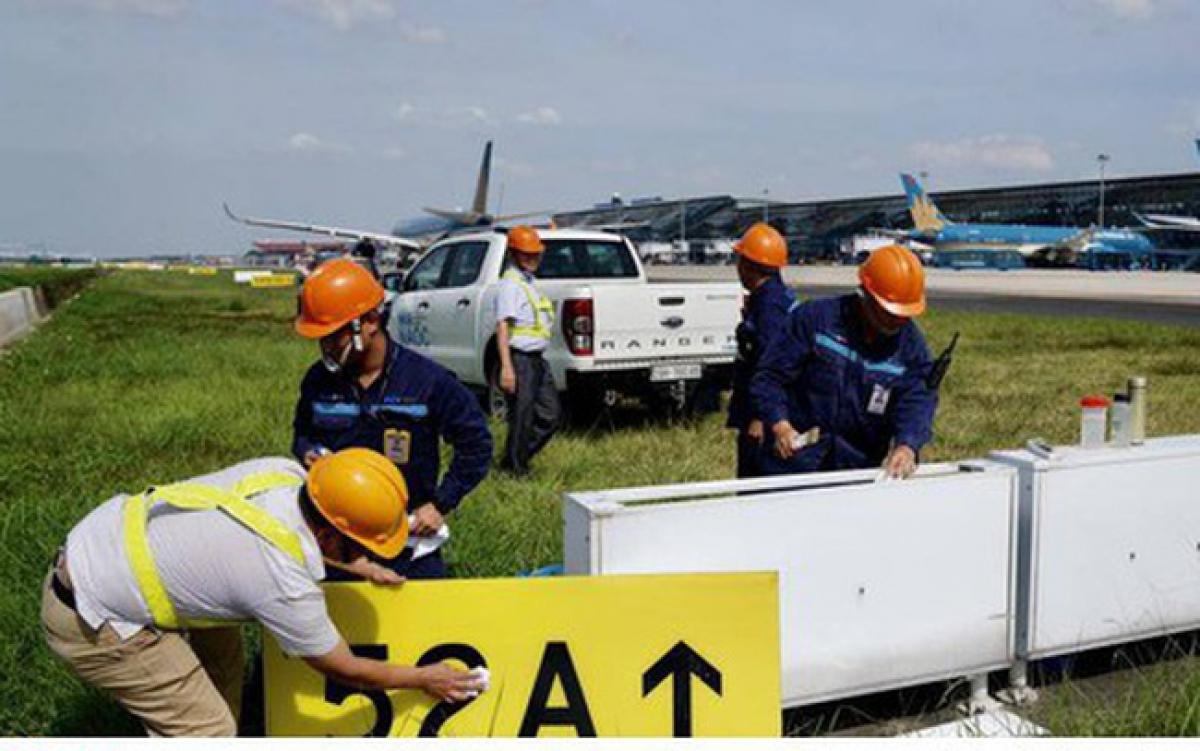 Ngày 29/6/2020, Bộ GTVT đã khởi công dự án cải tạo, nâng cấp đường cất hạ cánh sân bay Nội Bài.