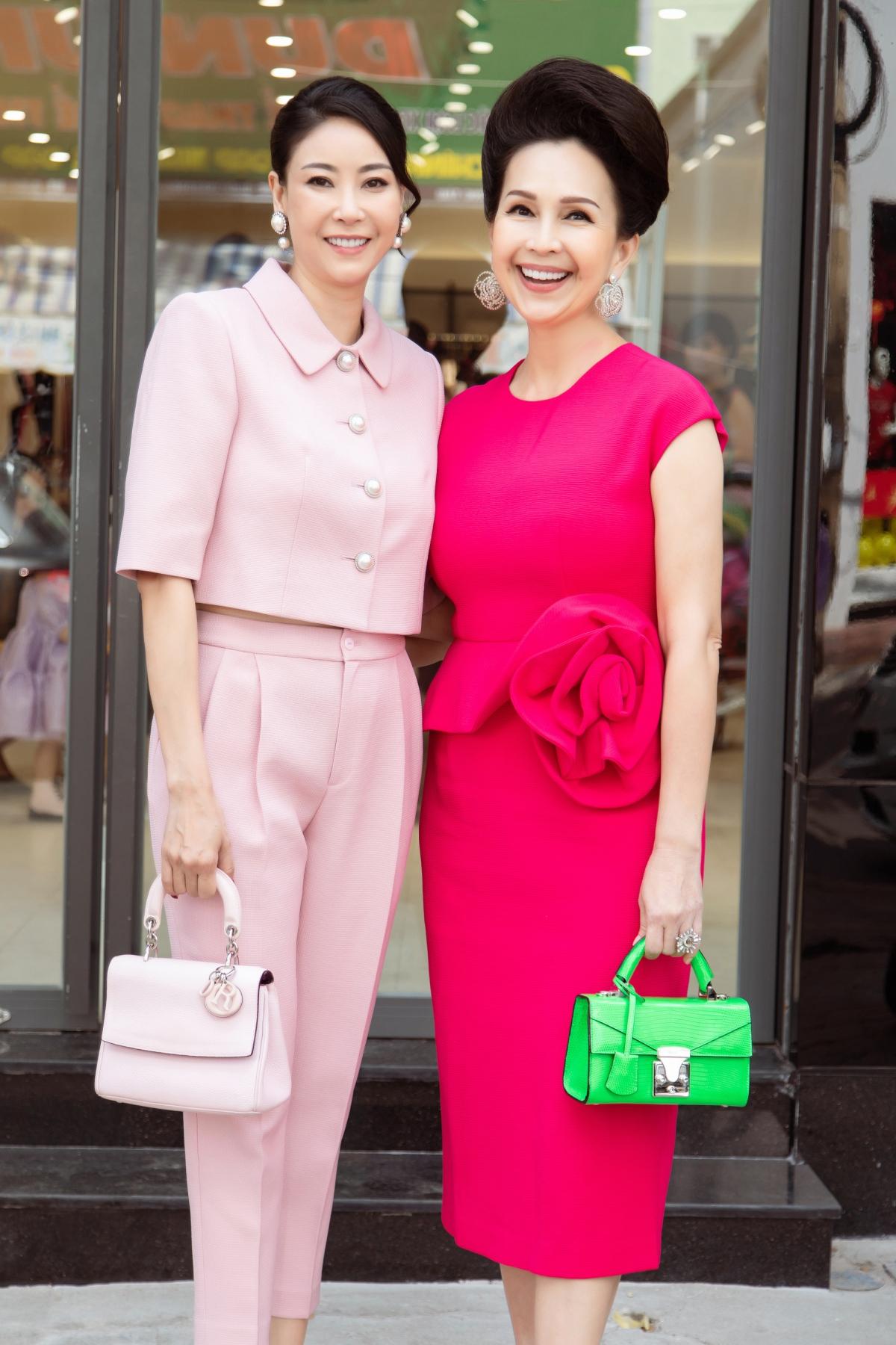 Mới đây, Hoa hậu Hà Kiều Anh và diễn viên Diễm My là tâm điểm chú ý khi tham dự một sự kiện thời trang ở thành phố Vũng Tàu.