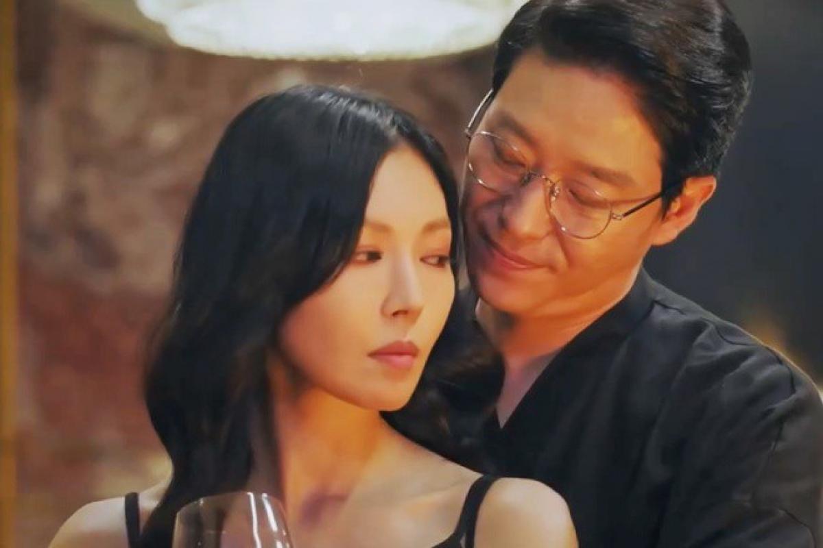 Ju Dan Te và Cheon Seo Jin công khai bên nhau.