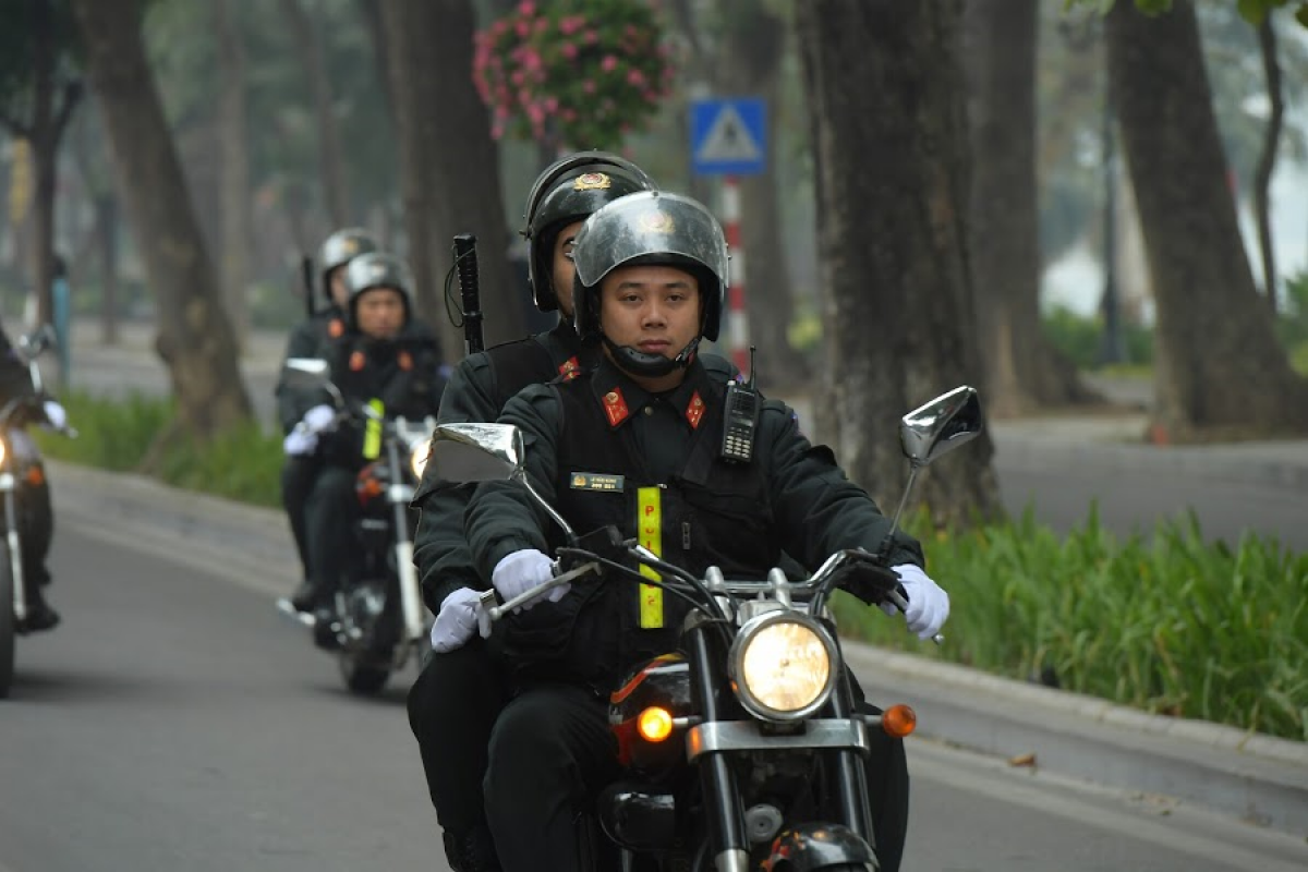 Thousands of police officers are set to be on duty throughout the day during the course of the 13th National Party Congress. (Photo: VOV.VN)