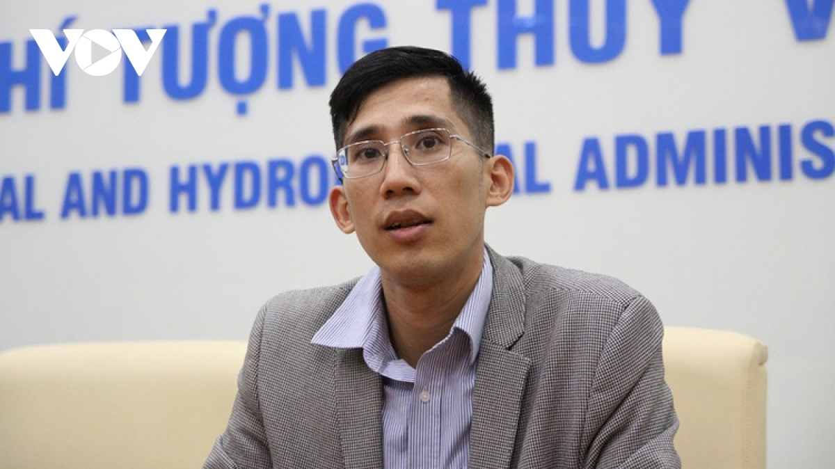 Ông Trần Quang Năng, Trưởng phòng Dự báo thời tiết, Trung tâm khí tượng Thủy văn Quốc gia