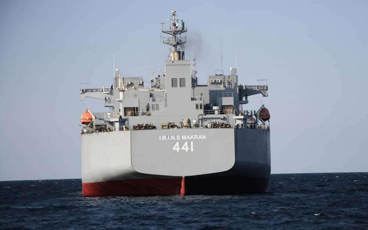 Tàu chiến lớn nhất Iran tham gia tập trận. Ảnh: MEO