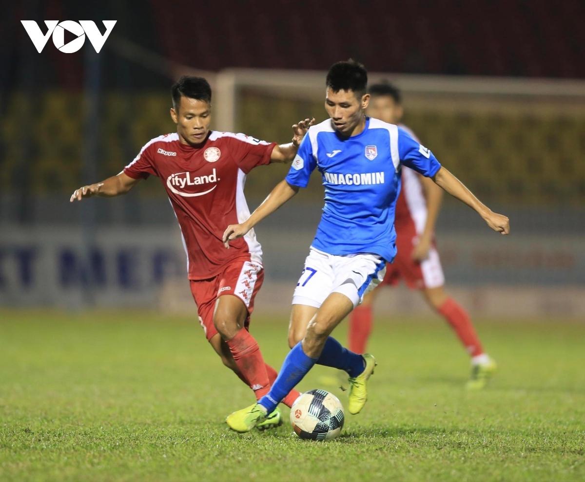 Trận đấu giữa Than Quảng Ninh và TPHCM bị hoãn