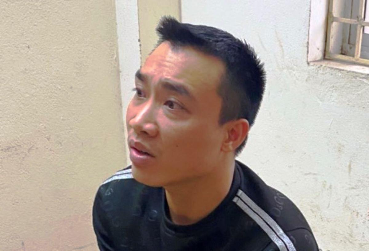 Đỗ Văn Tuấn tại cơ quan Công an.