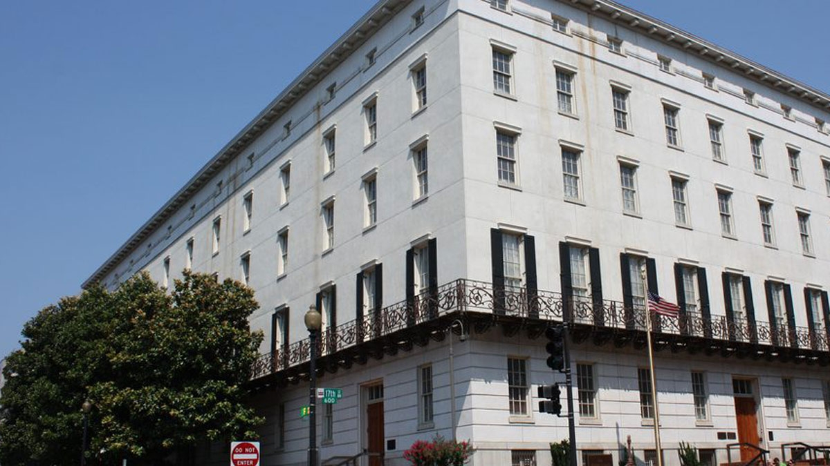 Văn phòng Đại diện Thương mại Mỹ (USTR)điều tra đối với Việt Nam theo điều khoản 301 của Luật Thương mại Mỹ.
