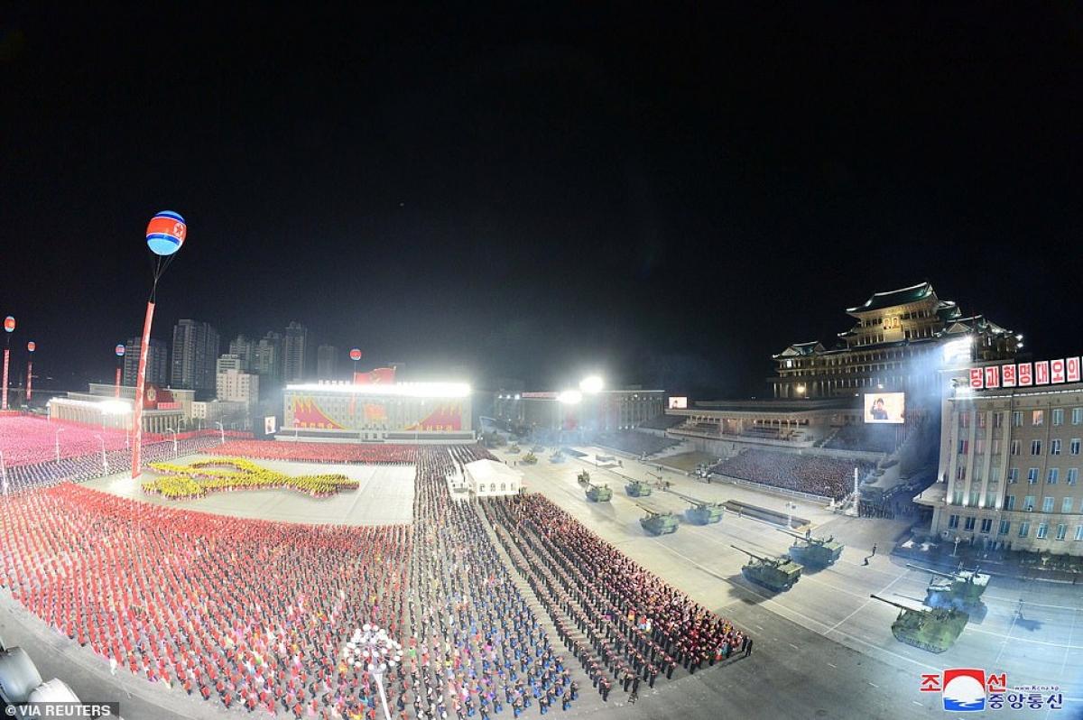 Toàn cảnh quảng trường Kim Nhật Thành trong lễ duyệt binh.