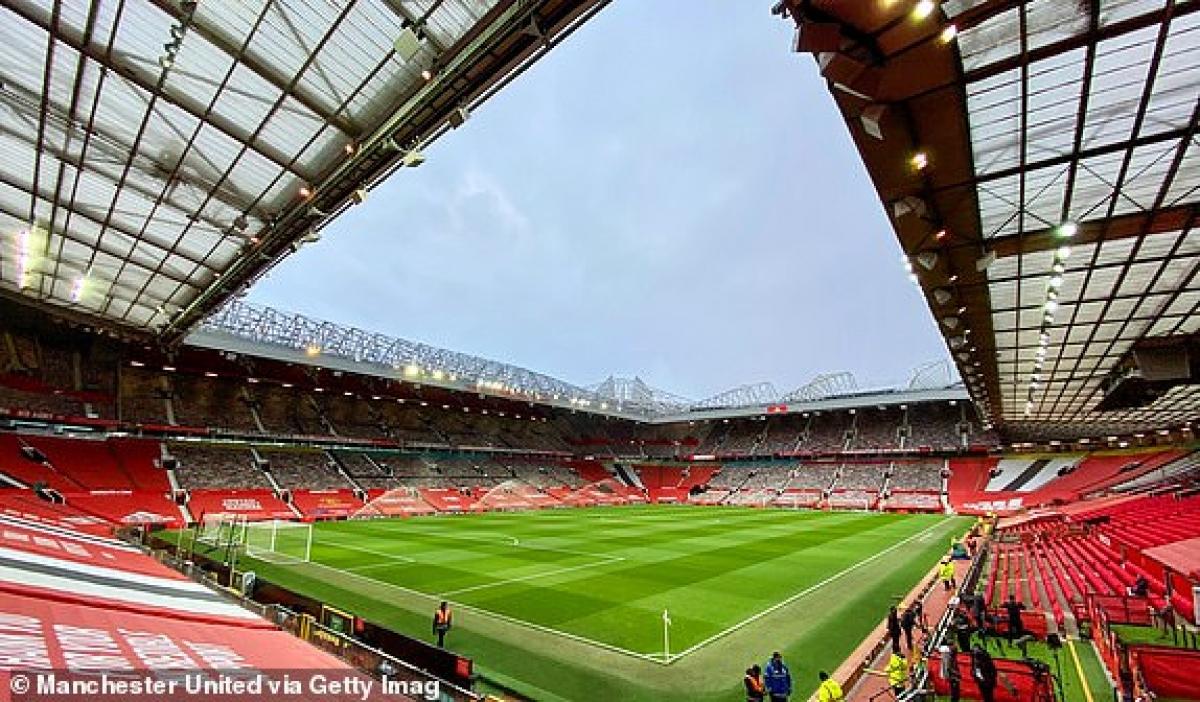 Old Trafford chờ mở hội. (Ảnh: Getty).