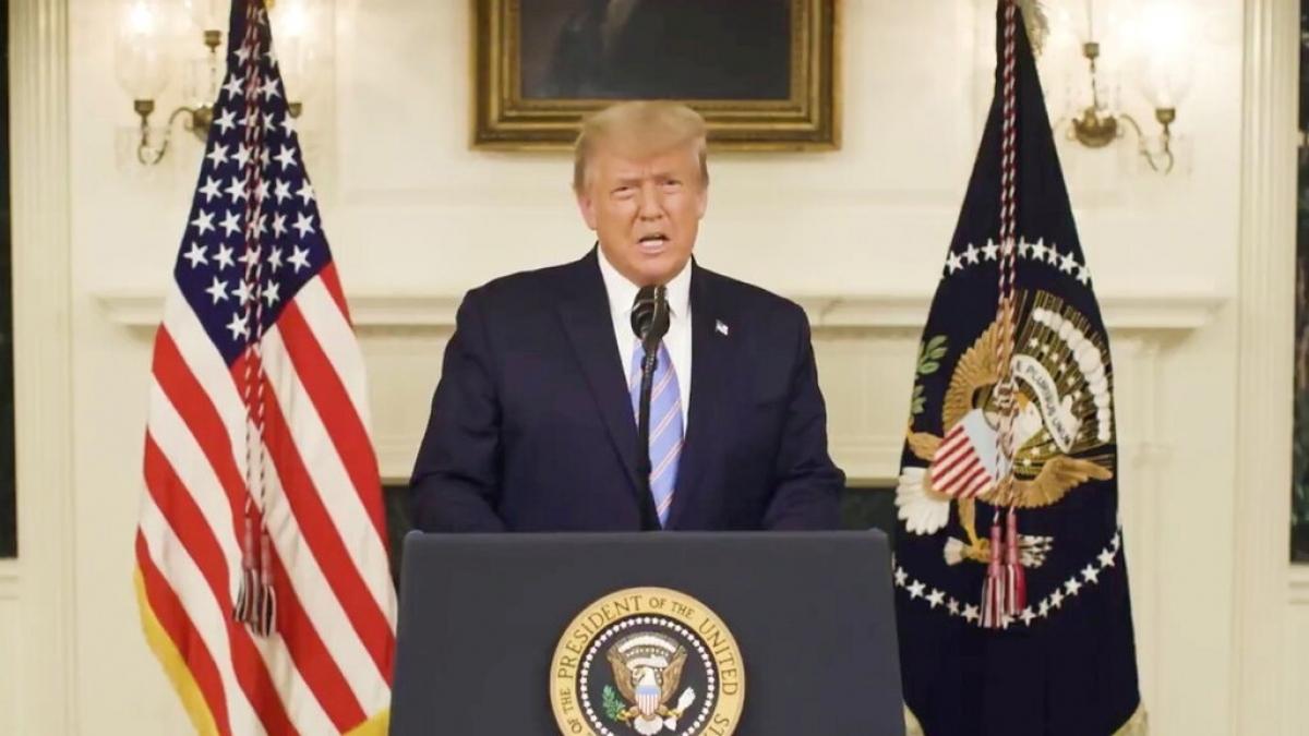 Hàng trăm nhân viên của Twitter yêu cầu cấm vĩnh viễn tài khoản Twitter của ông Donald Trump (Ảnh: Reuters)