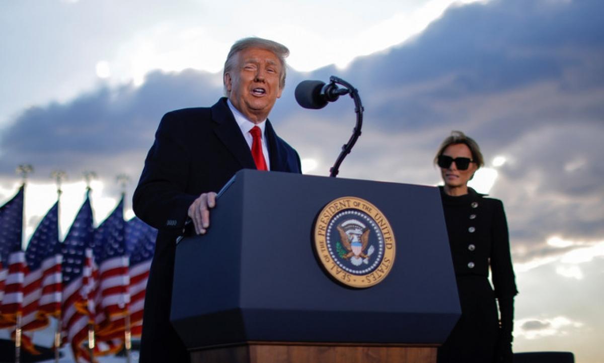 Ông Trump phát biểu tại căn cứ Andrews. Ảnh: Reuters.