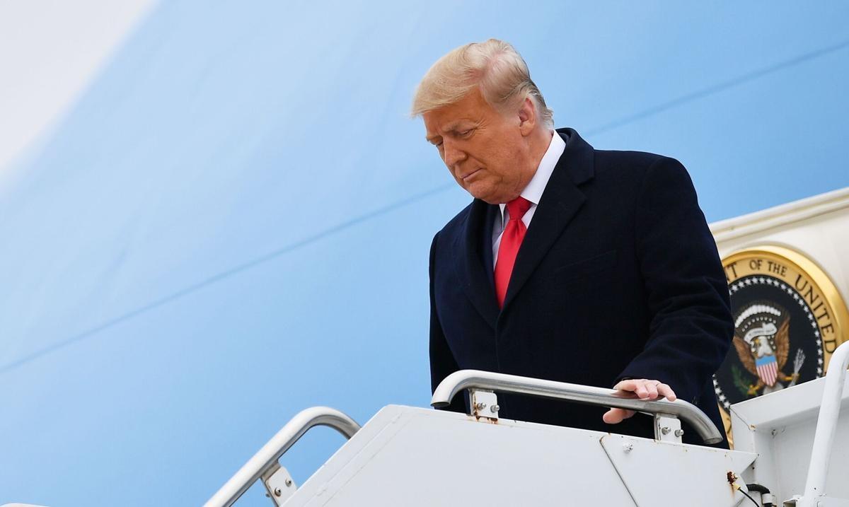 Các chuyên gia pháp lý có quan điểm khác biệt về thẩm quyền xét xử luận tội cựu Tổng thống Trump tại Thượng viện. Ảnh: Getty