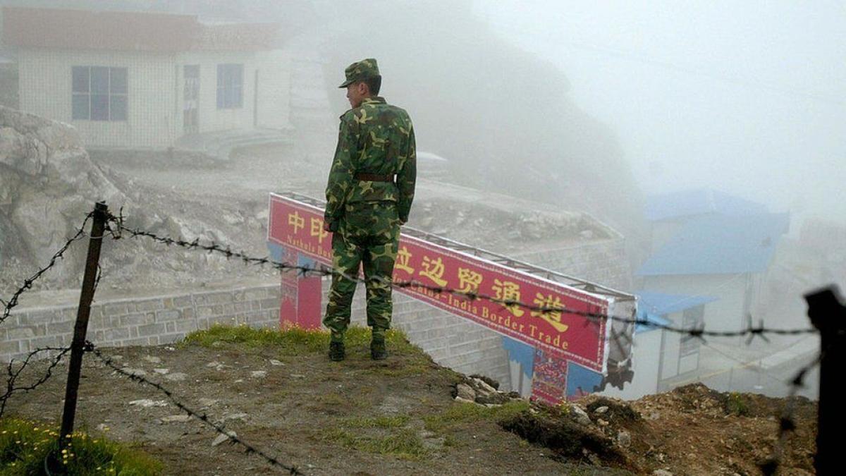 Binh lính Trung Quốc làm nhiệm vụ ở khu vực biên giới Trung-Ấn. Ảnh: Getty.