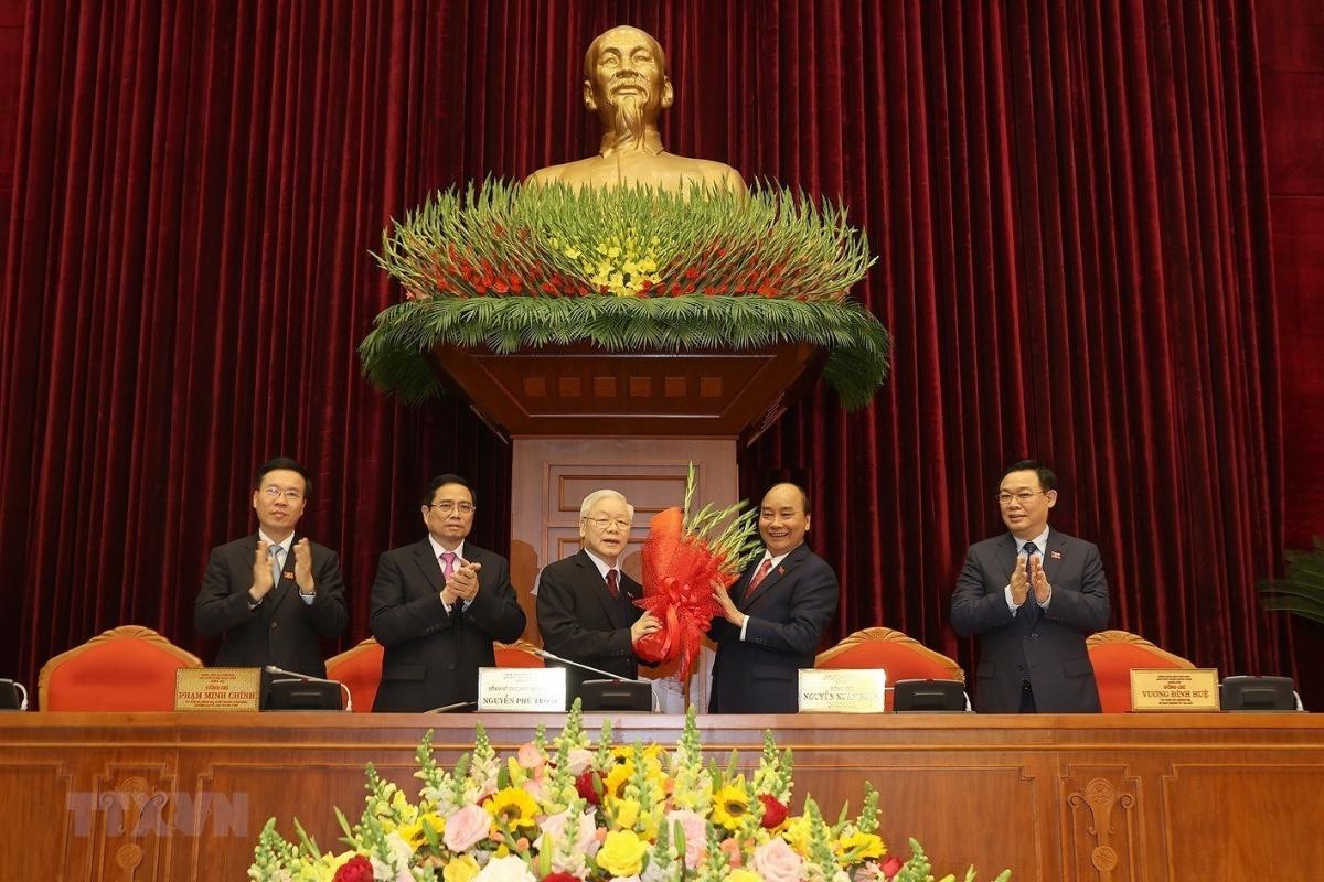 Tổng Bí thư Nguyễn Phú Trọng tiếp tục tái đắc cử nhiệm kỳ khóa XIII. Ảnh: TTXVN