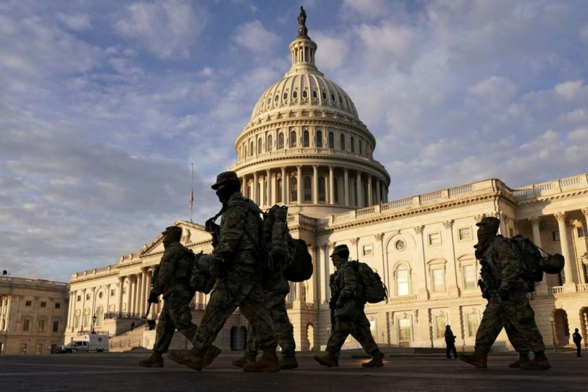 Hơn 20.000 vệ binh quốc gia được huy động để đảm bảo an ninh cho lễ nhậm chức của ông Joe Biden. Ảnh: Reuters