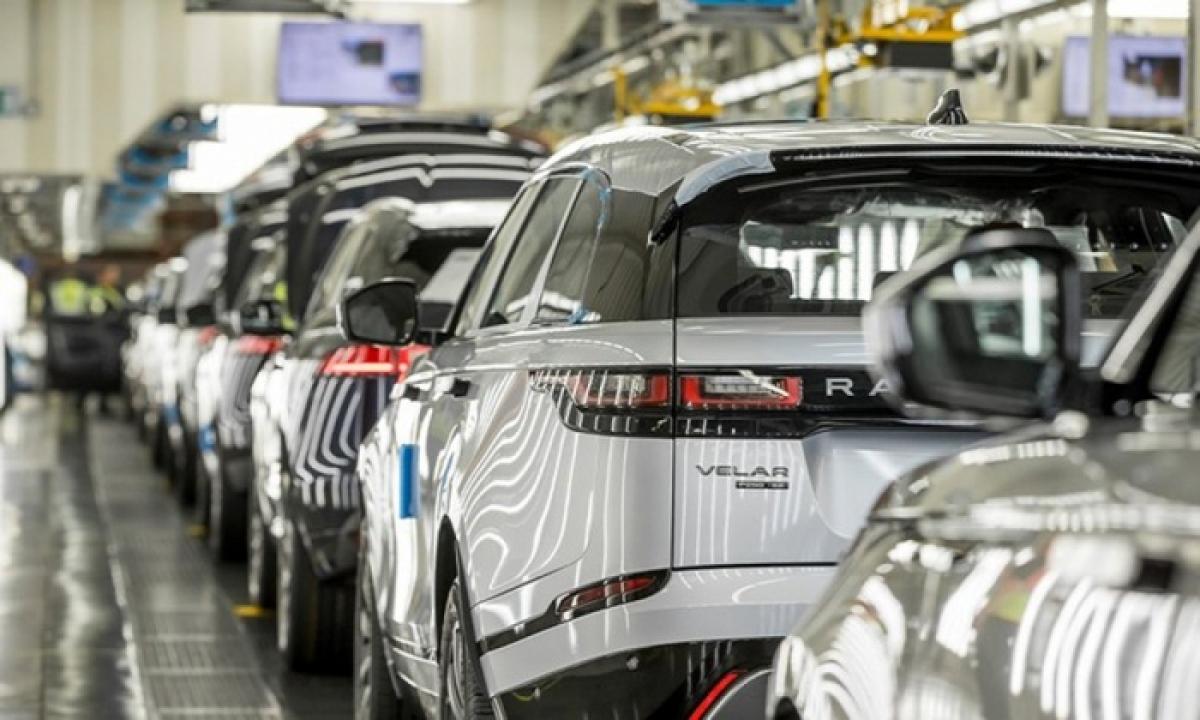 Sản lượng của hãng xe nổi tiếng - Land Rovercủa Anh đã giảm 37%.