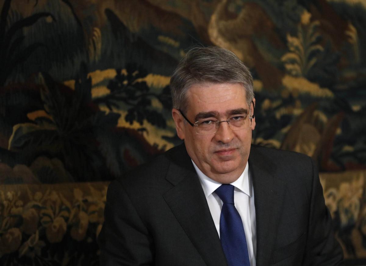 Đại sứ Nga tại Séc Alexander Zmeyevsky (ảnh AP)