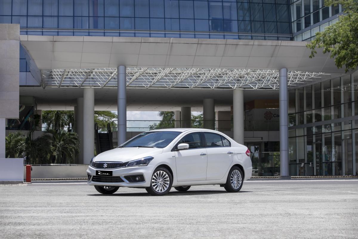 Được thiết kế tập trung vào sự thoải mái tối đa cho hành khách, Ciaz có chiều dài cơ sở lên tới 2.650mm, nhỉnh hơn các mẫu xe khác từ 50 - 100mm và rộng nhất phân khúc sedan hạng B.