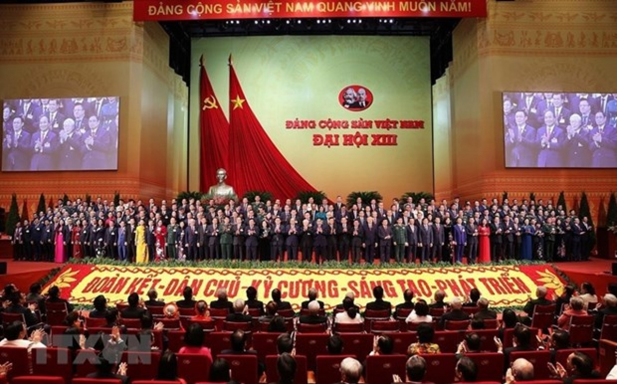 The 13th Central Committee of the Communist Party of Vietnam makes debut (Photo: VNA)