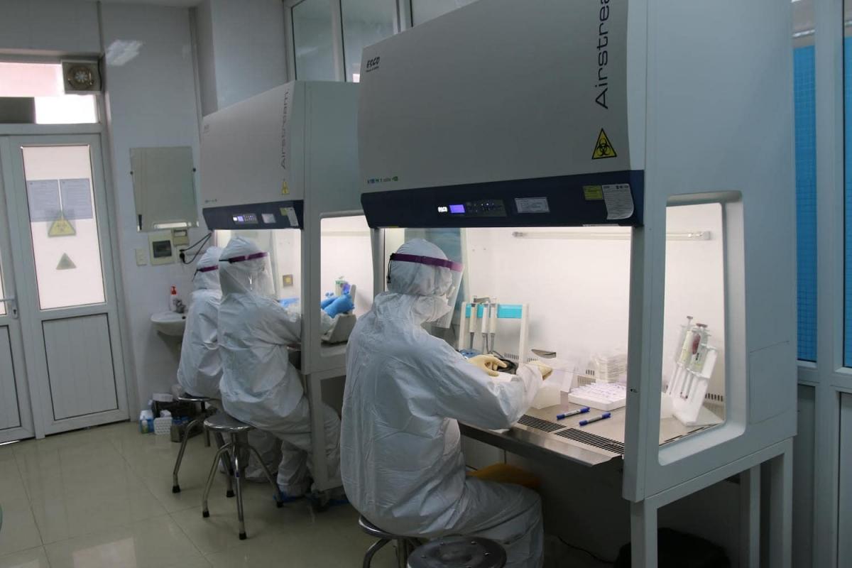 Một số trang thiết bị máy móc được chi viện cho Bệnh viện Dã chiến 2 tại Hải Dương. (Ảnh: Bộ Y tế)