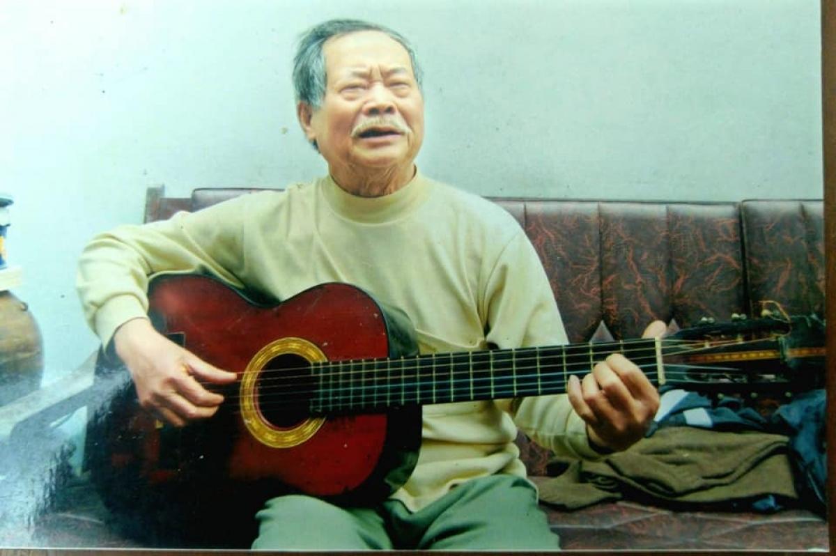 """""""Cụ"""" Nguyễn Thanh Tùng"""