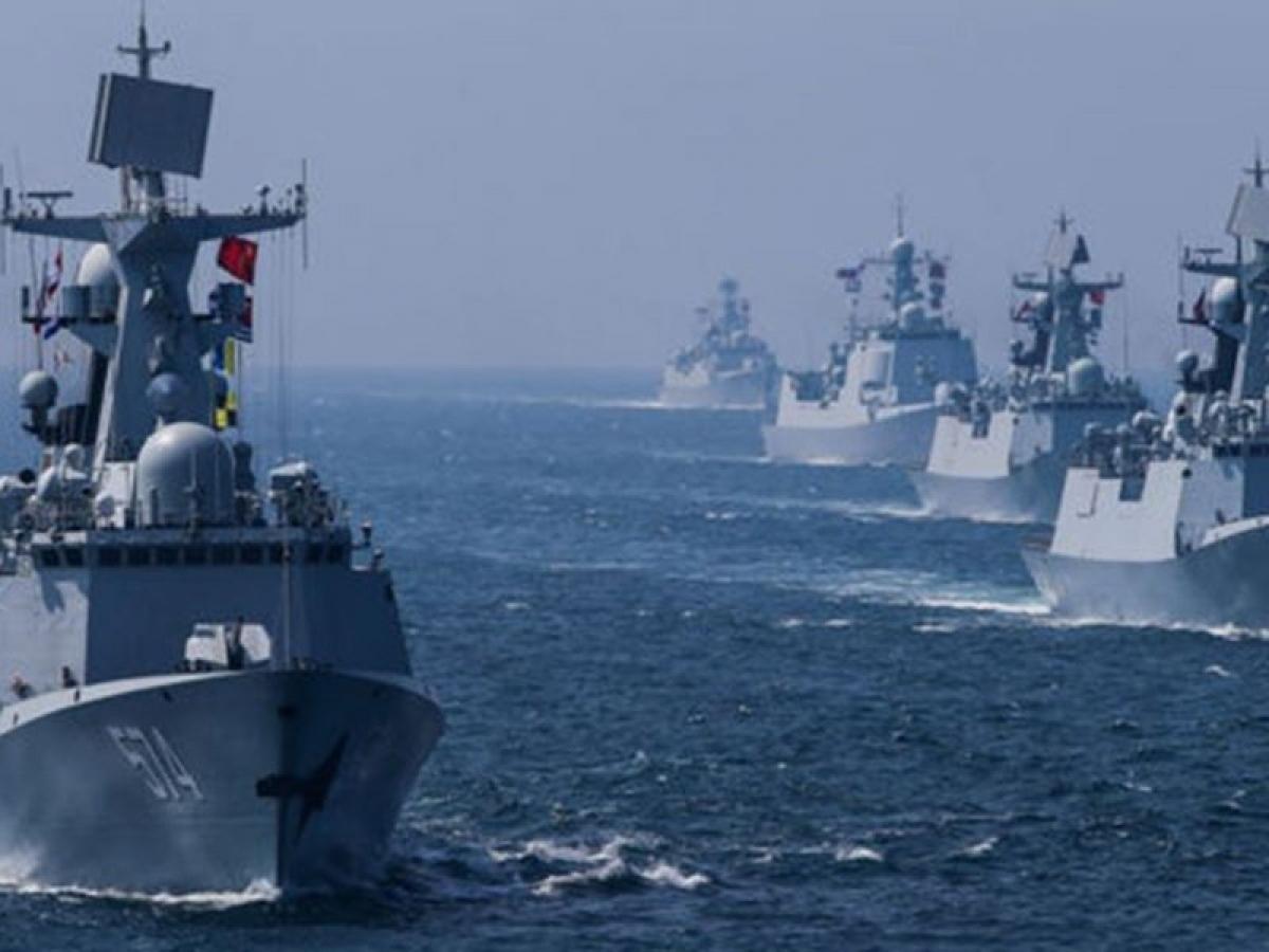 Tàu chiến các nước tham gia cuộc tập trận hàng hải Malabar năm 2019. Ảnh: Forever News.
