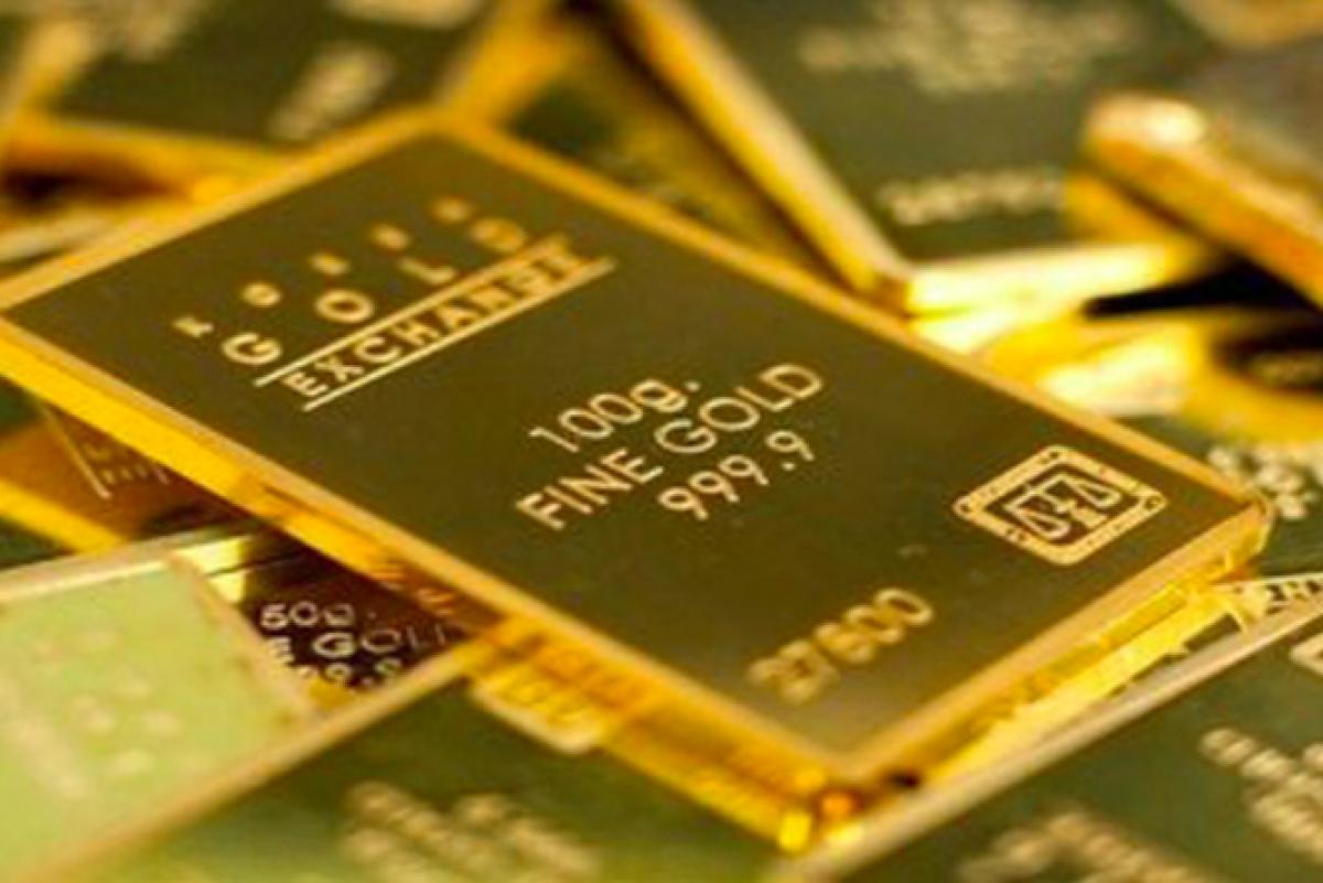 Vàng SJC đứng giá trong khi vàng thế giới tiếp tục tăng mạnh (Ảnh: KT)