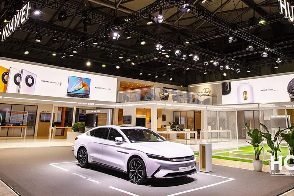 Các hãng xe hơi Trung Quốc sẽ giúp Huawei sản xuất xe điện?