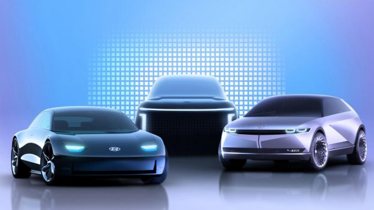 Chúng ta đang thấy lịch sử lặp lại ở đây. Hyundai đã từng coi Genesis là thương hiệu sedan cao cấp của mình trước khi đưa nó trở thành một thương hiệu thành công. Giờ đây điều tương tự đang lặp lại với Ioniq. Chưa có nhiều thông tin về mẫuIoniq 5 ngoài việc đây sẽ là một chiếc SUV hạng trung dựa trên nền tảng E-GMP của tập đoàn Hyundai. Khả năng sạc nhanh sẽ được trang bị và Ioniq nhiều khả năng có phạm vi sử dụng lớn. Nó cũng sẽ giống chiếc Hyundai 45 Concept, một sự tái hiện rất ngầu của một trong những chiếc xe đầu tiên của hãng.