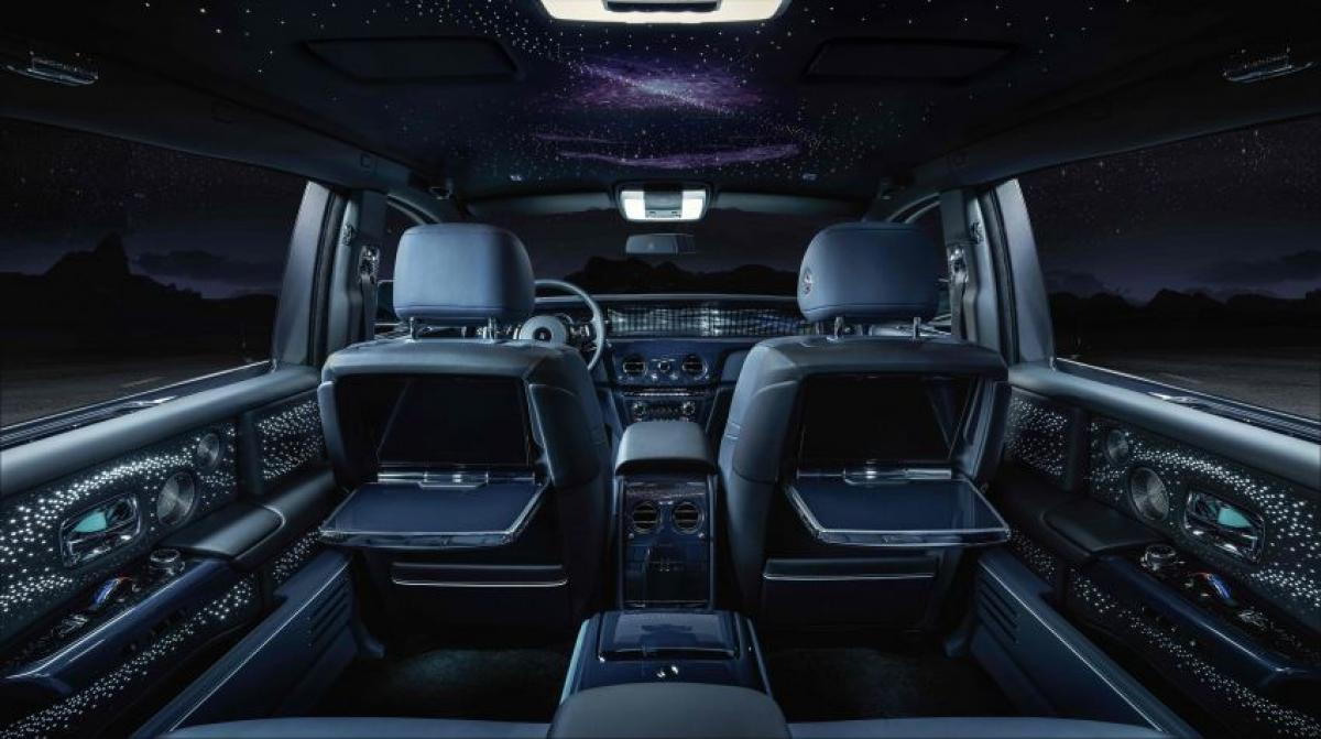 Không gian nội thất huyền ảo trênRolls-Royce Phantom Tempus Collection.