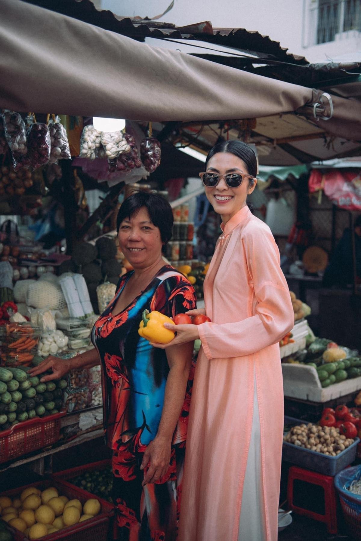 Dù đã là mẹ 2 con, nhưng vóc dáng thon gọn của Tăng Thanh Hà khiến nhiều người ngưỡng mộ.