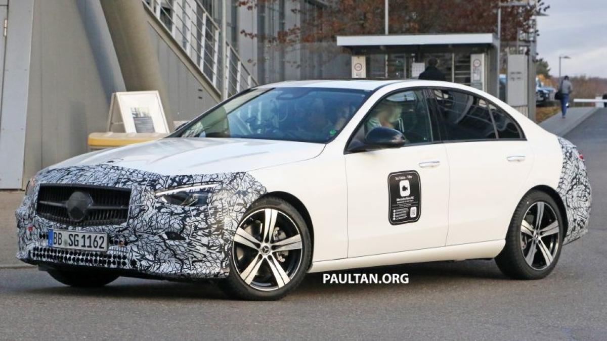 Hình ảnh lộ diệnMercedes-Benz C-Class mới đang chạy thử nghiệm.