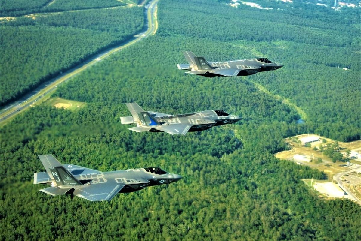 Lý do F-35 bị mất điểm được cho là chi phí mua sắm và vận hành quá cao. Nguồn: wikipedia.org