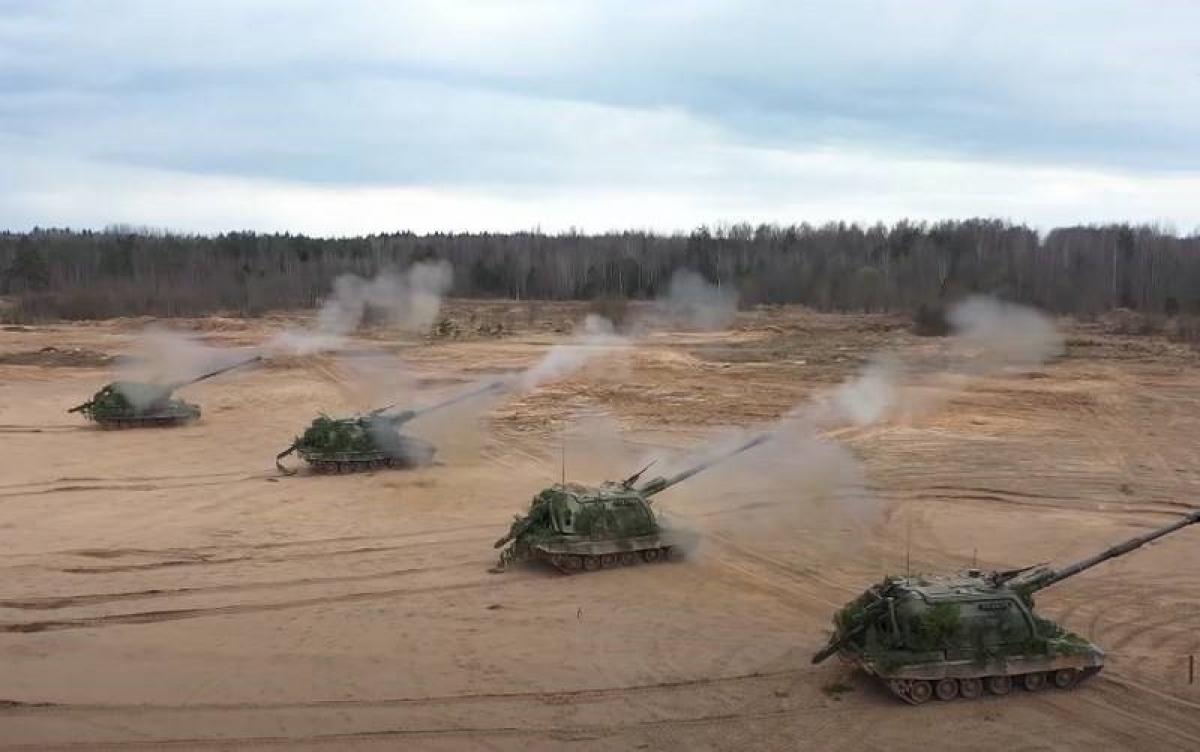 Các hệ thống pháo binh tự hành Nga sẽ được hợp nhất vào hệ thống chỉ huy thống nhất nhằm nâng cao khả năng và hiệu quả chiến đấu; Nguồn: topwar.ru