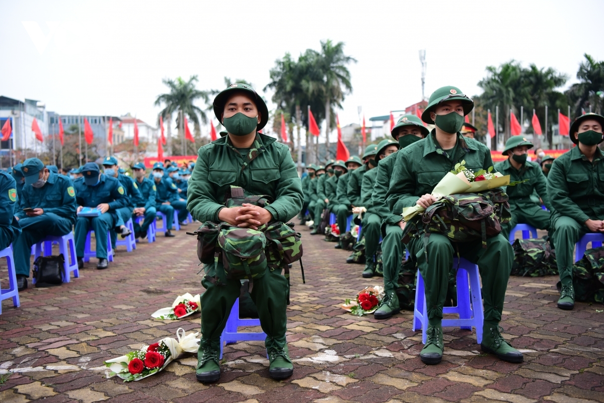 Doing a period of military service is mandatory for Vietnamese males aged between 18 and 25, with this extended up to 27 for those who apply for a delay in order to obtain higher education degrees.