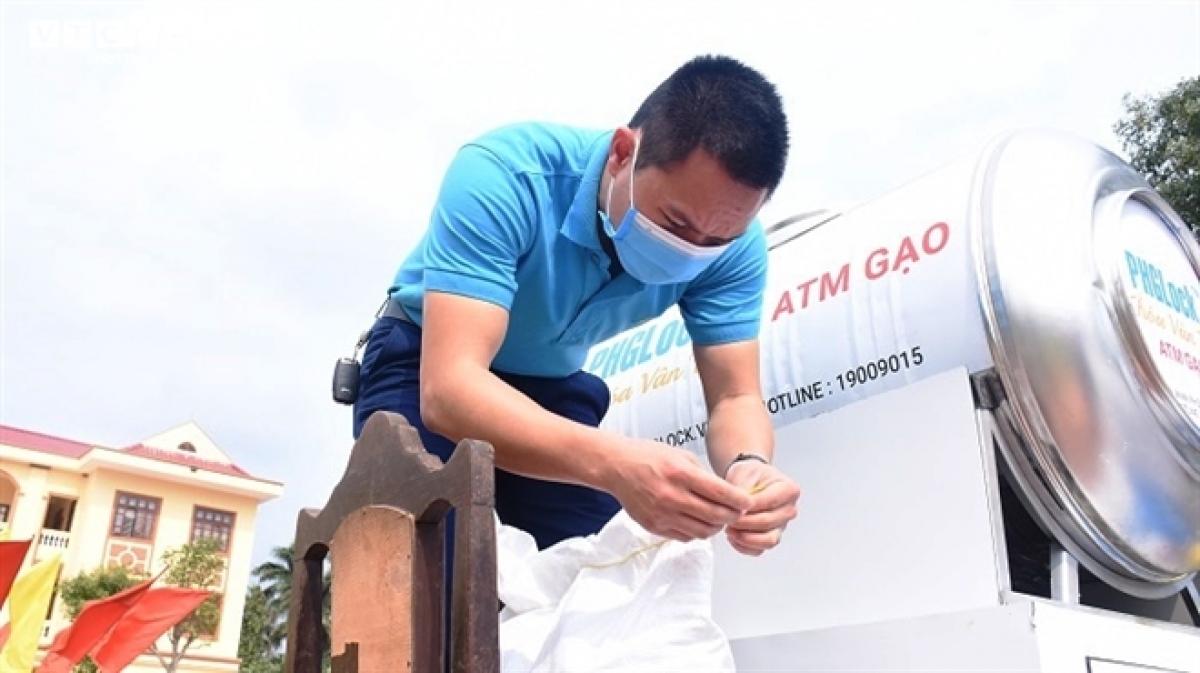 """Sau huyện Cẩm Giàng, """"ATM gạo"""" miễn phí sẽ được lắp đặt tại TP Hải Dương, thị xã Kinh Môn, huyện Nam Sách, Kim Thành."""